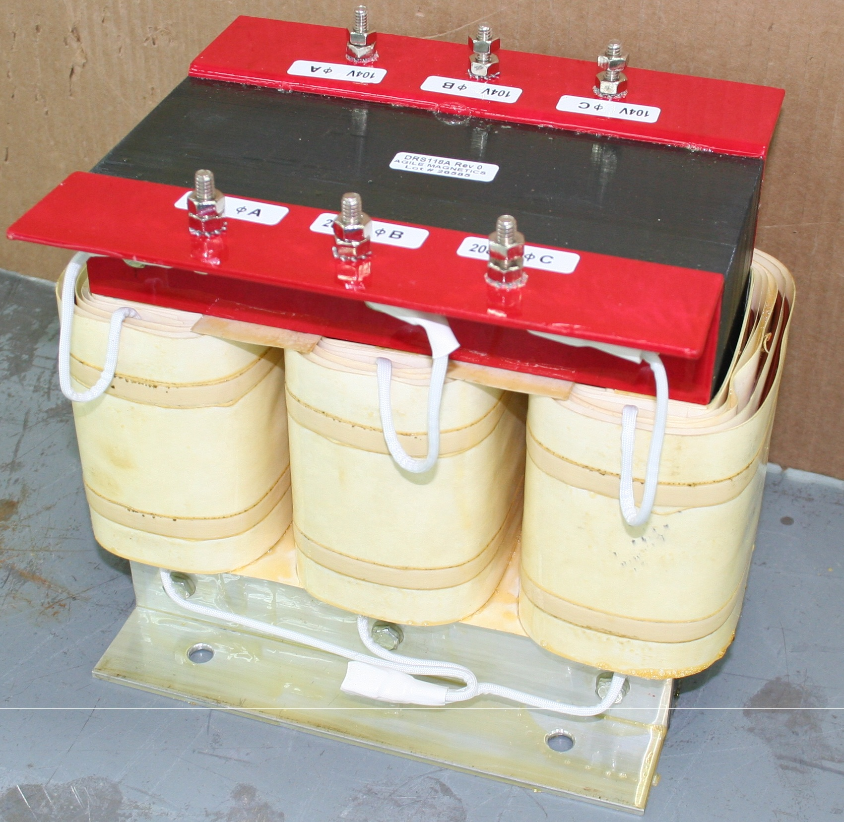 3 phase step up and step down transformer manufacturer